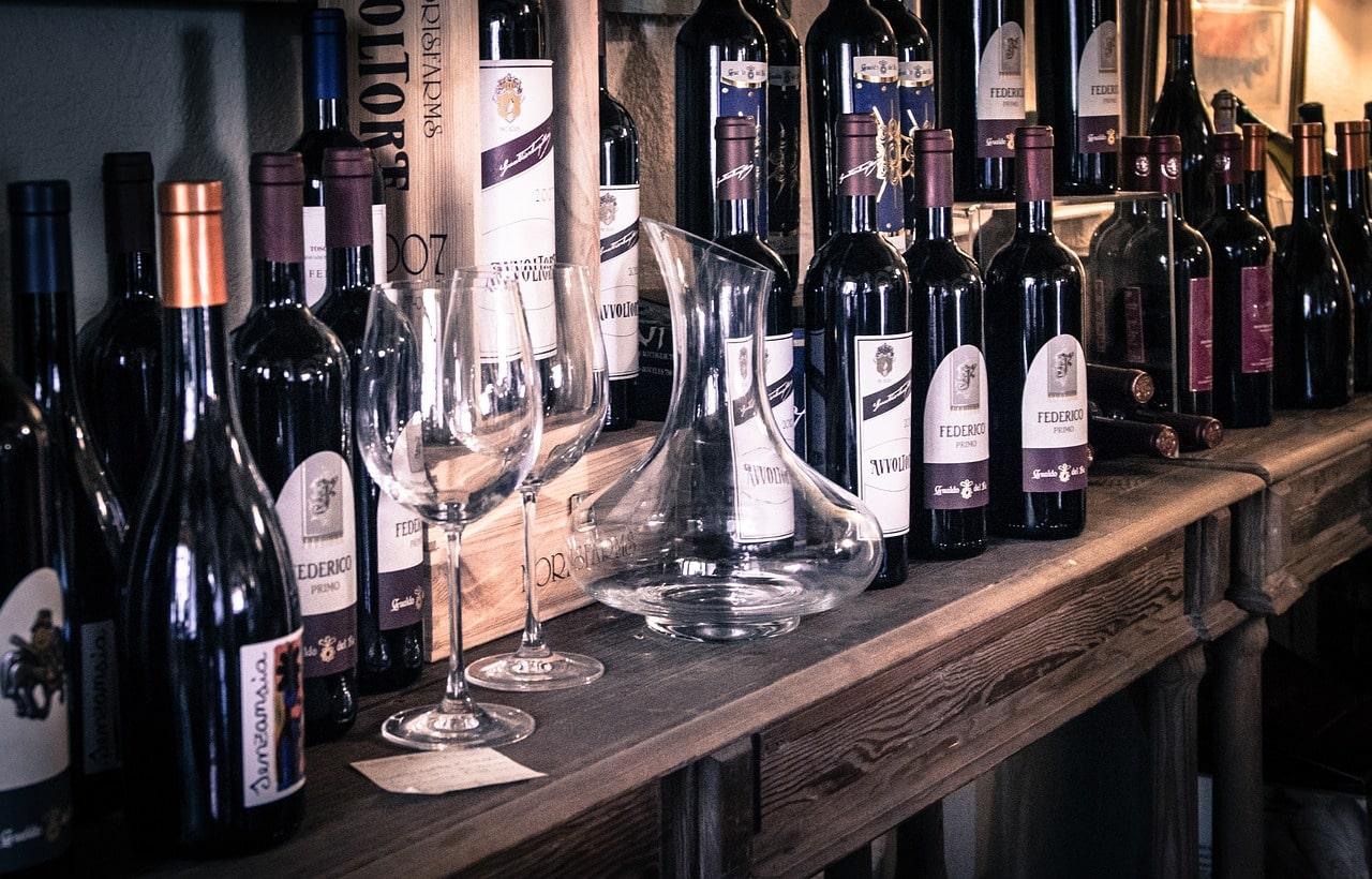 Комбинация храна вино